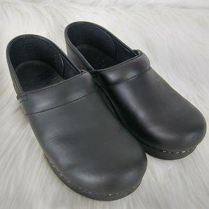 Dansko Clog Smule Black Leather Shoes Sz 38